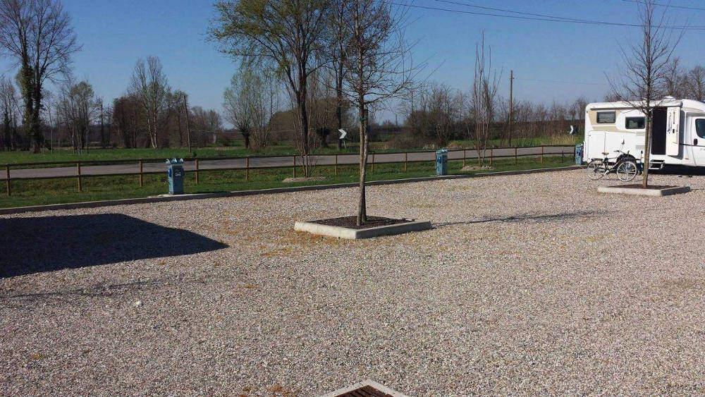 Area Attrezzata Camper Pozzolo (MN)