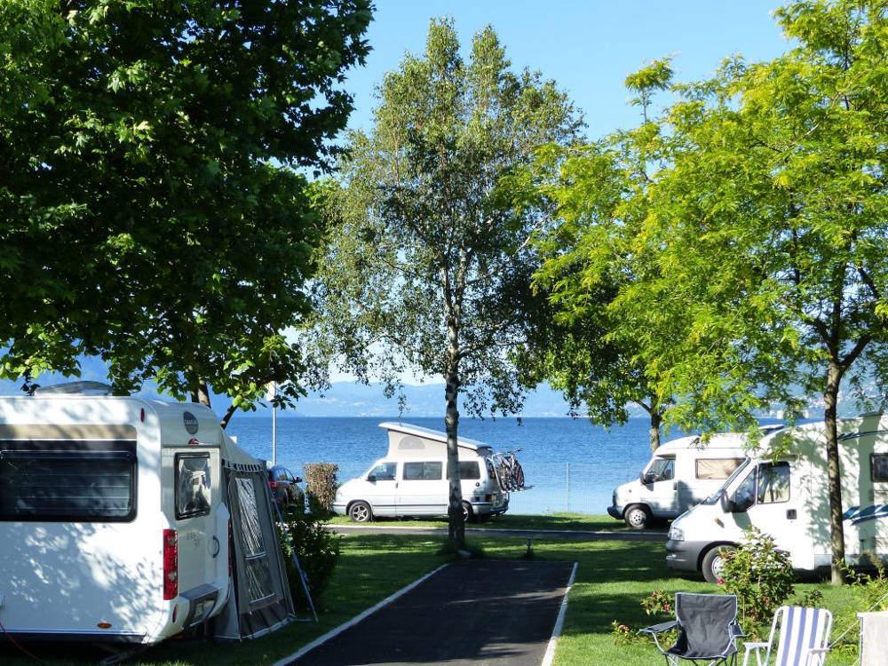Parkcamping Lago Camp di Maccagno con Pino e Veddasca (VA)