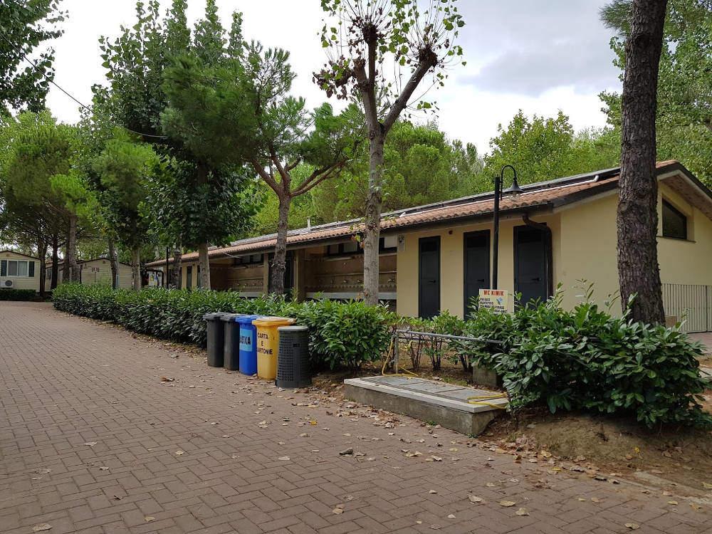 Camping Village Badiaccia di Castiglione del Lago (PG) - Bagni 2