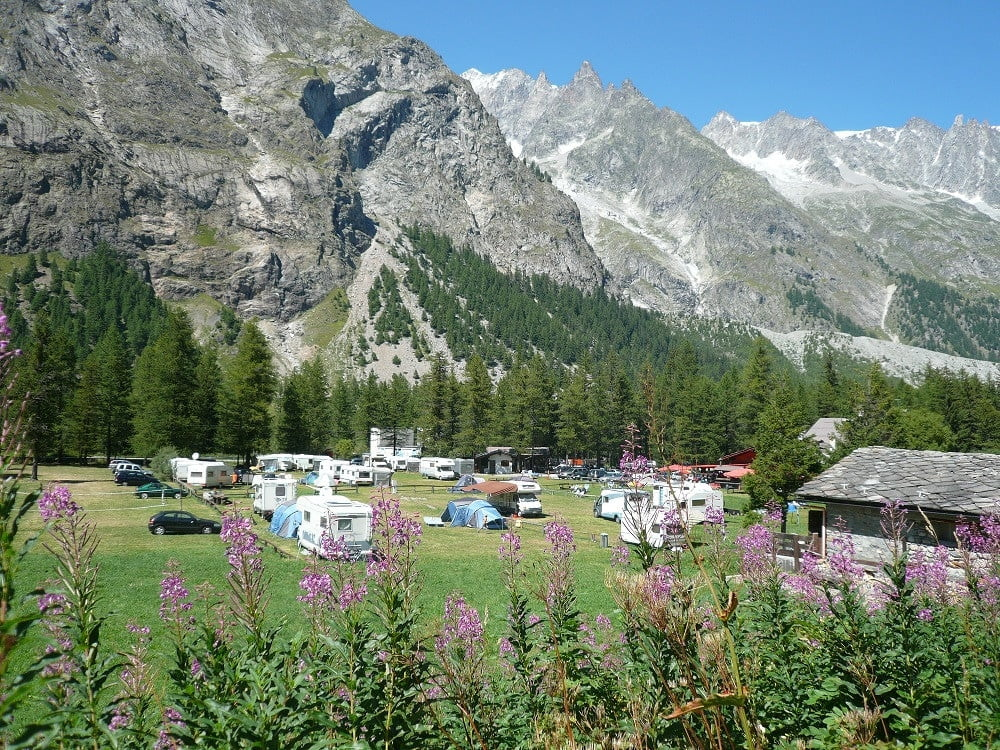 Camping Aiguille Noire di Courmayeur (AO) - veduta