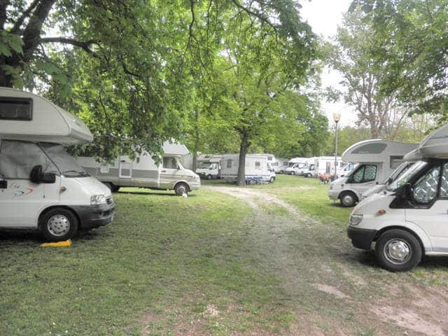 Area Sosta Camper a Pergola (PU)