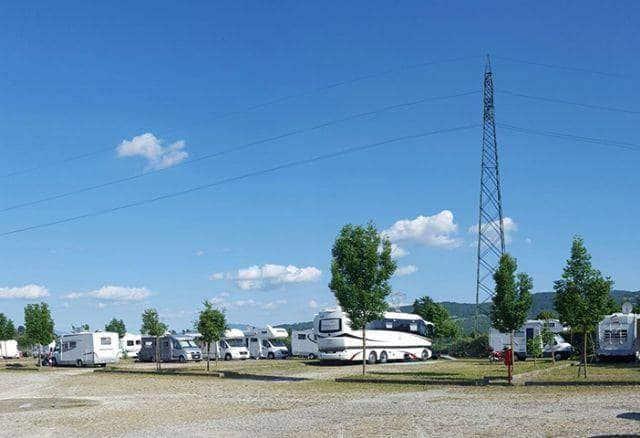 Area Camper Bilancino di Barberino di Mugello (FI) - Piazzole.jpg