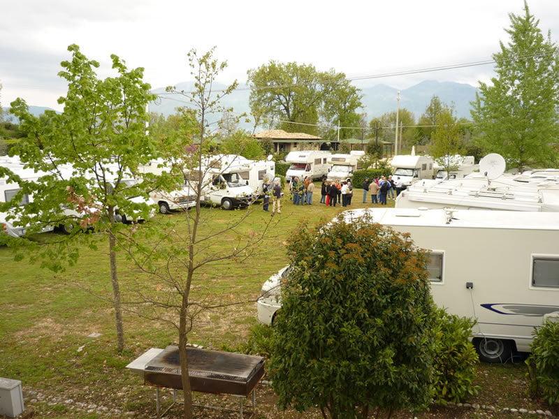 Area camper i giardini dell 39 acropoli di arpino fr giro per campeggi - Giardini dell acropoli arpino ...