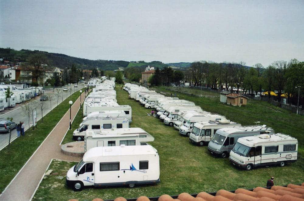Area Sosta Camper a Fermignano (PU)