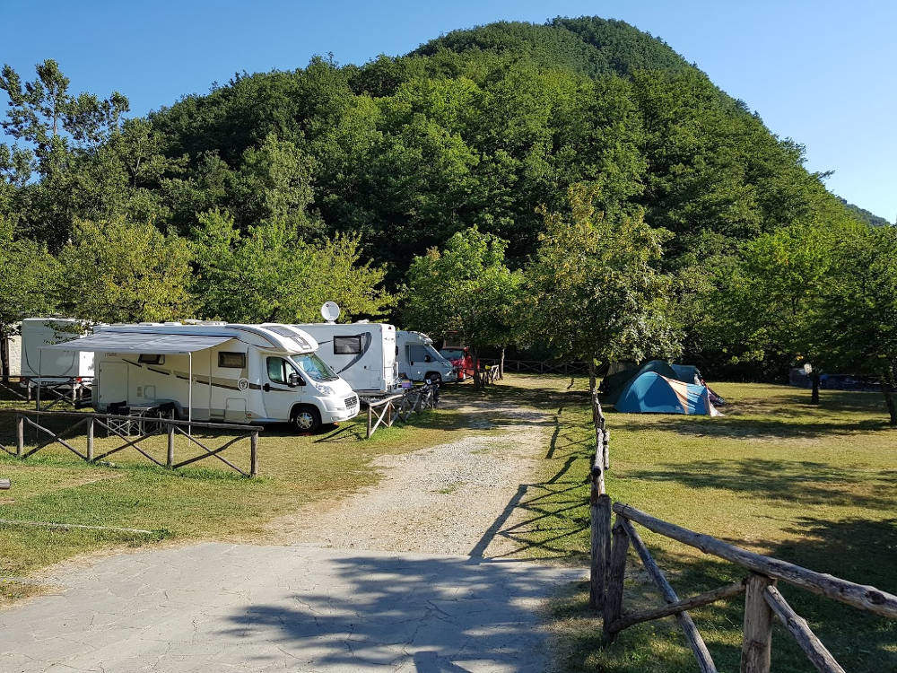 Area Camping Moscheta di Firenzuola (FI) - piazzole