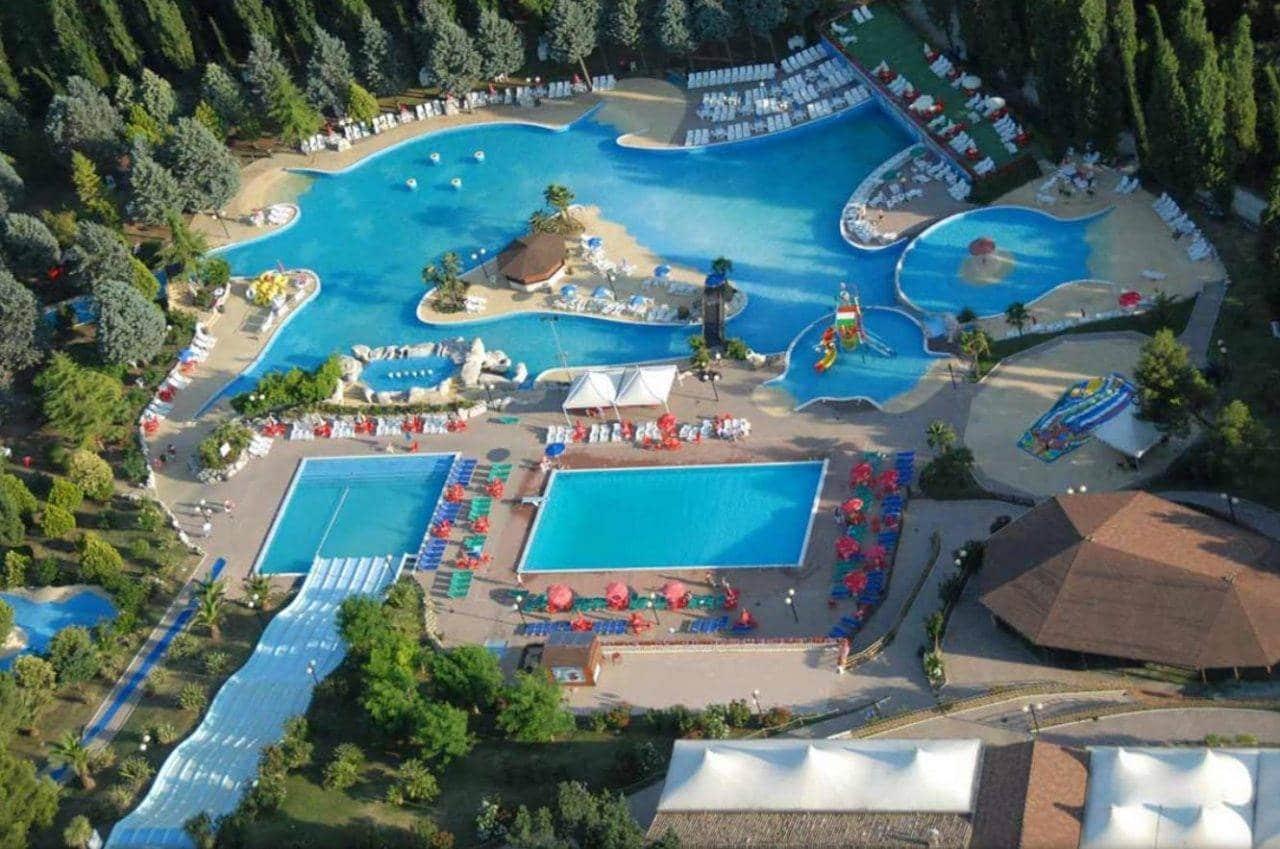 Verde Azzurro Holiday Village di Cingoli (MC)
